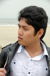 PCHY CLOSE UP AT BEACH